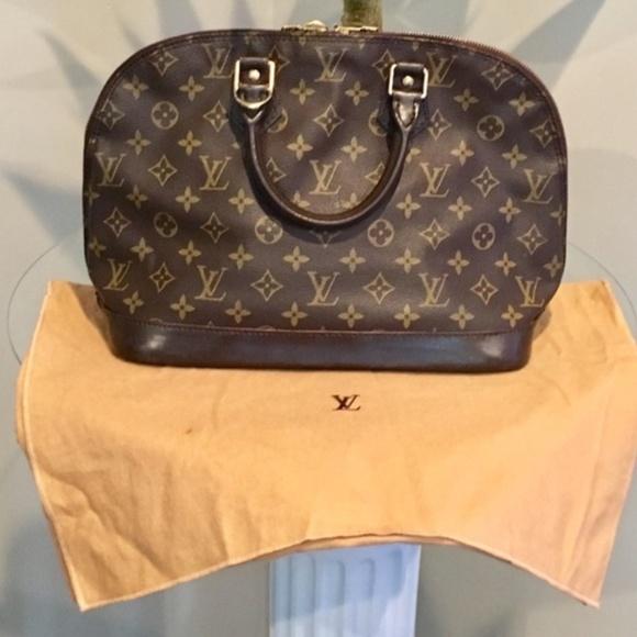 c4d46bf72894 Louis Vuitton Handbags - Authentic Louis Vuitton Alma Monogram Custom Dyed